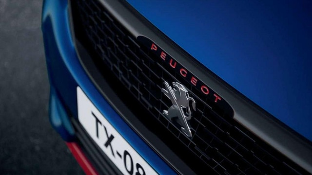PEUGEOT 308 GTi by PEUGEOT SPORT - grille, rode letters, voorzijde