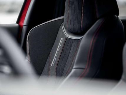 PEUGEOT 308 GTi by PEUGEOT SPORT - stoel met lederen bekleding