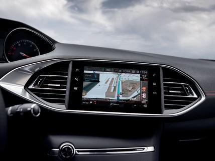 PEUGEOT 308 GTi by PEUGEOT SPORT - touchscreen en Connect 3D-navigatie