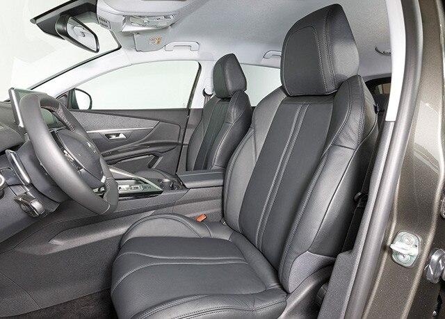 Leder actie - interieur - Peugeot 3008 SUV