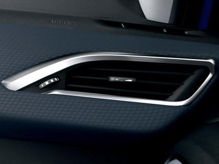 Peugeot 208 - 5 deurs - interieur luchtrooster