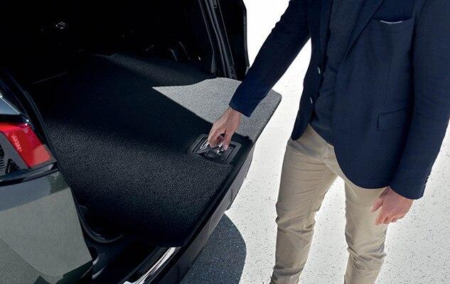 Peugeot 3008 SUV GT - laadvloer