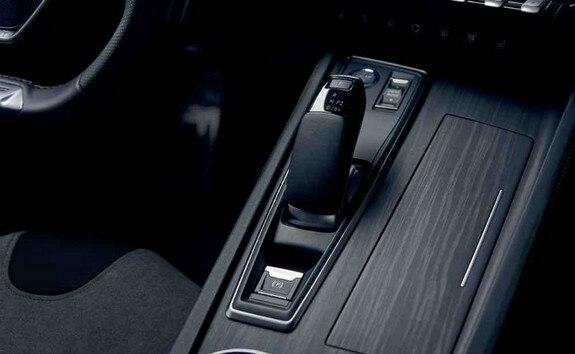 Nieuwe Peugeot 508 SW HYBRID, regeneratief remmen