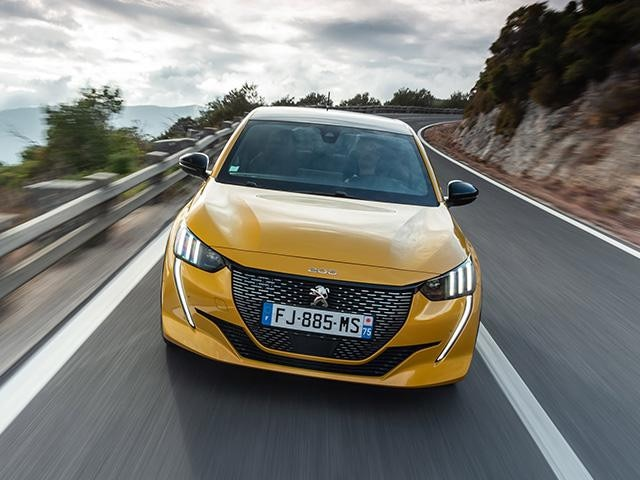 nieuwe Peugeot 208 - Car of the Year 2020